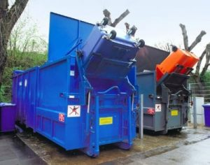 Avermann portable compactor with bin lift