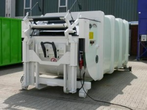 Bergmann 907 SN20 Compactor With Bin Lift