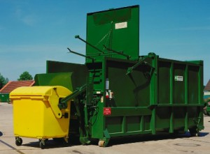 Compactor With Bin Lift