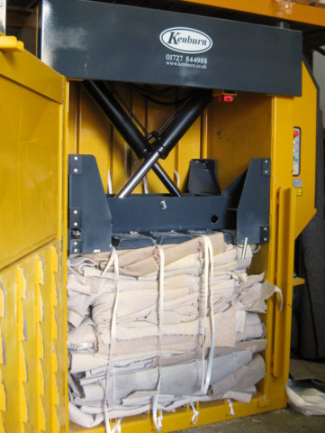 Carpet offcuts baled in Bramidan X30 baler
