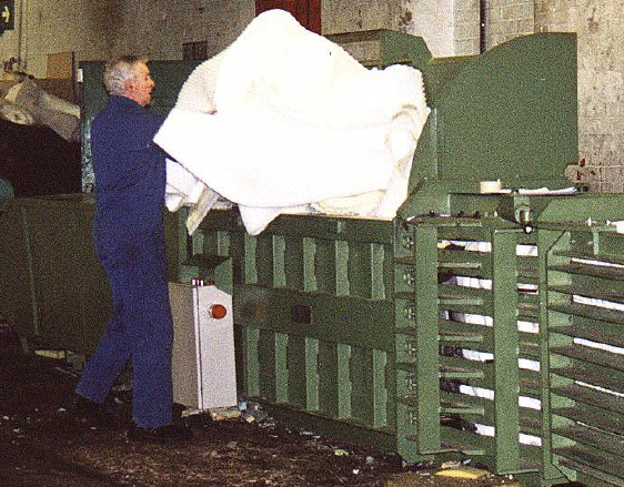 KH40 Semi Automatic Foam Baler with extended feed opening